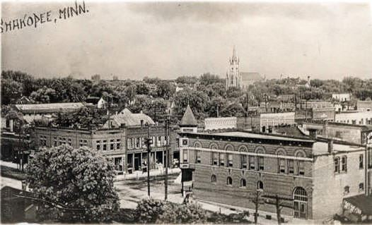 Downtown Shakopee in 1908