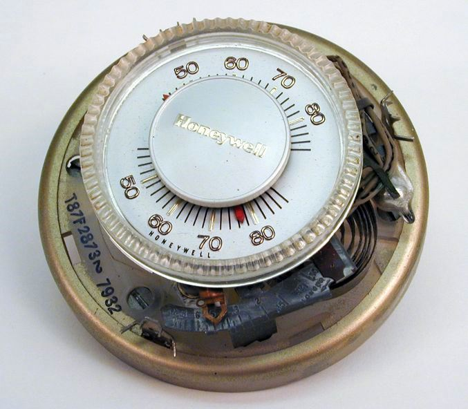 Mercury Thermostat (Photo: MPCA)